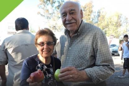 abuelos, manzanas